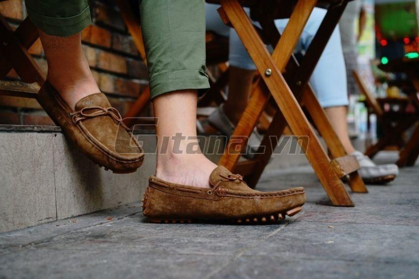 Những Mẫu Giày Da Lộn Nam Thời Trang Và Phong Cách Nhất