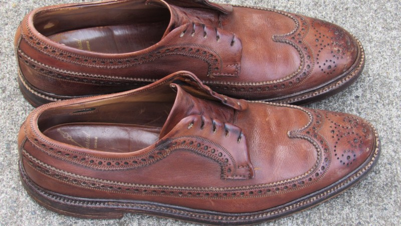 Giày da bị nhăn là hiện tượng quá phổ biến