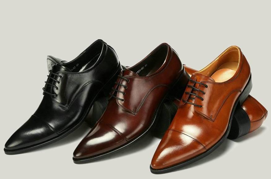 Giày làm từ da bò có nhiều kiểu dáng
