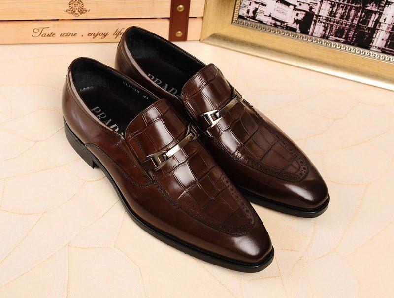 Phân khúc cao cấp cho một đôi giày bóng bẩy